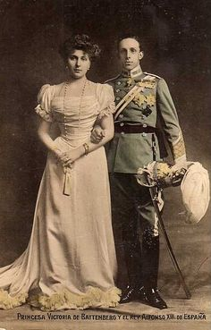 Rey Alfonso XIII y Reina Victoria Eugenia, King and Queen of Spain.