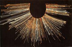 9/ HORIZON RÉCENT. INCA. Un autre objet très important dans cet appareil administratif inca est le quipu (MQB 71.1930.19.483) système de cordelettes avec une variété de noeuds et de fils pour enregistrer des faits et des denrées.