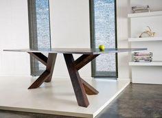 table salle à manger en bois massif avec piètement unique