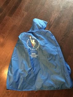 Other Fan Apparel and Souvenirs 465: 2017 Tcs Nyc New York City Marathon Post-Race Finisher Poncho -> BUY IT NOW ONLY: $40 on eBay!