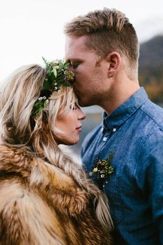 Stunning winter elopement inspo | Image by Kristian Lynae Irey
