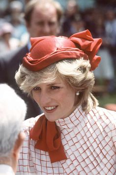 Princess Diana On A Walkabout At Garrison Grounds In Halifax,nova Scotia While On A Royal Tour Of Canada Wearing A Red Hat By Fashion Designer, Milliner John Boyd.