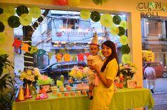 https://www.flickr.com/photos/cuonnroll/albums/72157645707595992 Ảnh sinh nhật Bé Thanh Lam Cuốn N Roll 13.07   Buổi tối chủ nhật -13/07/2014, nhà hàng Cuốn N Roll vang lên tiếng cười của toàn thể gia đình, bạn bè bé Thanh Lam, nhân dịp sinh nhật tròn 1 tuổi, ngày trọng đại của bé...  Cuốn N Roll chân thành cảm ơn gia đình chị Minh đã đem niềm vui tiếng cười về cho nhà hàng cũng như mọi người ở đây.