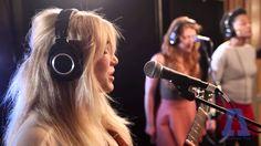 Caroline Smith is amazing. #mnmusic http://www.carolinesmithcarolinesmith.com/