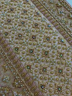 Zardosi Embroidery, Hand Embroidery Flowers, Indian Embroidery, Hand Embroidery Designs, Beaded Embroidery, Flower Dresses, Bridal Dresses, Asian Outfit, Bead Embroidery Tutorial