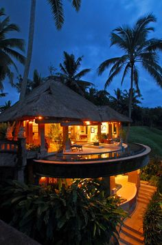 Viceroy Bali Resort - just romantic enough to drive the mood!!!