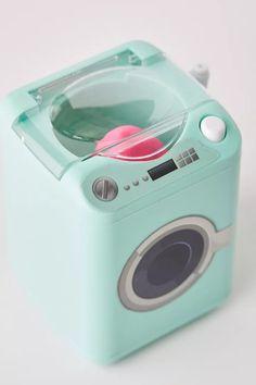 Mini Things, Cool Things To Buy, Stuff To Buy, Mini Washing Machine, Beauty Blender Washing Machine, Beauty Sponge, Cool Gadgets To Buy, Cool Inventions, Beauty Room