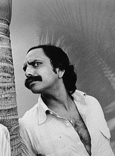 Cheech Marin from Cheech and Chong- the volume he packed onto his upper lip was legendary Moustache, Beard No Mustache, Tv Actors, Actors & Actresses, Funny Fails, Funny Memes, Cheech And Chong, Lionel Richie, People