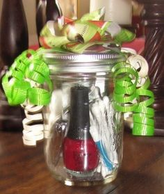 Mason Jar Gift Idea: Manicure in a Jar - The Frugal Find - Save More, Give More, Live More. Mason Jar Gifts, Mason Jars, Gift Jars, Craft Gifts, Diy Gifts, Christmas Crafts, Christmas Ideas, Homemade Christmas, Jar Crafts