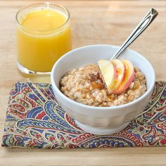 Irish Oatmeal With Apples and Raisins Recipe (Good Thymes & Good Food), made in slow cooker