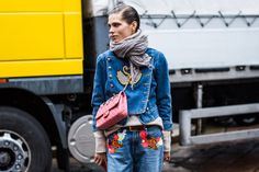 As we say goodbye to London and move to Milan Fashion Week today, take a look at…