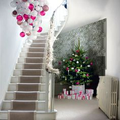 An Appealing Plan AliciaBDesigns #Christmas #Tree in Hallway