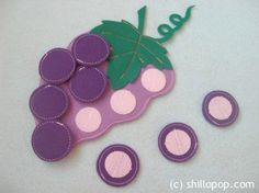 Cute play food or quiet book idea - make grapes removable with Velcro/mdb