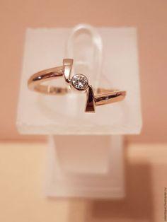 f4f2aae4d506 Купить или заказать Кольцо с бриллиантом в интернет-магазине на Ярмарке  Мастеров. Кольцо ручной работы из золота 585 пробы с бриллиантом ( Кр.57 -  0.07сt ...