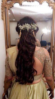 Hairbun Indian wedding hairstyles #floral #messy #hairstyles #bridal #mehendi