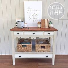#forsale This sweet little hall table looking pretty in Old Ochre and Old White. I was told its solid Oregon...so opted to keep the top natural and seal with oil. {$285} local pick up #Brisbane #qld #queensland #halltable #vintagefurniture #vintage #restoredfurniture #paintedfurniture #ascp #anniesloanchalkpaint #chalkpaint #womenwhodiy