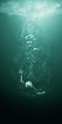 I am absolutely terrified of drowning... but this is still a really cool picture