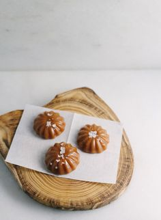 This recipe can be used to make either salted caramels or caramel sauce. #food #caramel #candy