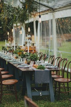 garden tent reception - photo by Shane Shepherd http://ruffledblog.com/australian-wedding-for-a-couple-who-met-on-instagram