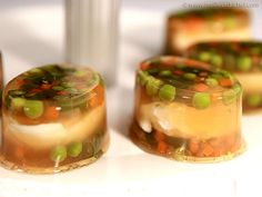 Egg and Vegetables in Aspic - Meilleur du Chef ! Classic French Dishes, French Food, Dinner Side Dishes, Dinner Sides, Chefs, Retro Recipes, How To Cook Eggs, Food Illustrations, Veggies