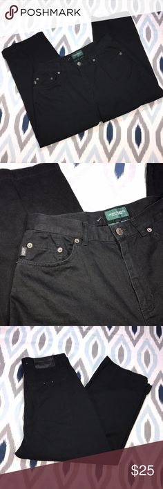 Lauren Jeans Co Ralph Lauren Black Crop Jeans * Lauren Jeans Co Ralph Lauren Women's Black Cropped Denim Jeans * Size 8 * Made of 100% cotton. * Pre-owned, but in excellent used condition. No holes, stains or pilling.  * Measurements: Waist laying flat is 14 1/2 inches. Length is 31 1/2 inches. Inseam is 21 inches. Rise is 12 inches. Ralph Lauren Jeans Ankle & Cropped