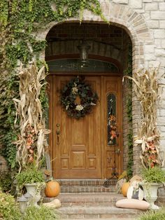 Bunch 15 to 20 dried cornstalks and secure with bailer's twine for budget autumn decor >> http://www.diynetwork.com/decorating/fall-decorating-for-the-front-yard/index.html?soc=pinterest#