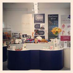 Shiny desk Craft Sale, Workshop, Photo Wall, Desk, Studio, Gallery, Crafts, Home Decor, Atelier