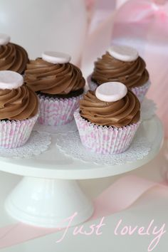 "Passion 4 baking ""Delicious Chocolate Cupcakes & Nutella Frosting"