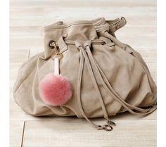 Ozdoba na kabelku / kľúčenka | blancheporte.sk #blancheporte #blancheporteSK #blancheporte_sk #vianoce #darcek #prezeny #moda Bucket Bag, Bags, Fashion, Handbags, Moda, La Mode, Dime Bags, Fasion, Lv Bags
