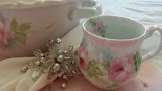 Gorgeous shabby coffee cups painted by artist Farnaz Farzad!