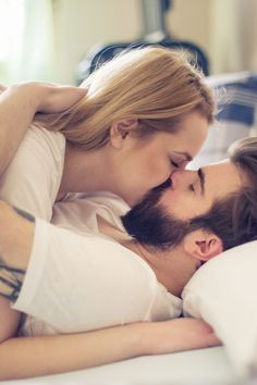 Cute Couples Kissing, Cute Couples Cuddling, Cute Couples Goals, Couples In Love, Couple Goals, Romantic Couple Images, Romantic Photos, Couples Images, Cute Couple Images