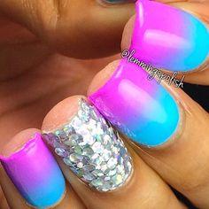 http://decoraciondeunas.com.mx/post/103155271912/hi-happy-thursday-heres-a-simple-purple-and-blue | #moda, #fashion, #nails, #like, #uñas, #trend, #style, #nice, #chic, #girls, #nailart, #inspiration, #art, #pretty, #cute, uñas decoradas, estilos de uñas, uñas de gel, uñas postizas, #gelish, #barniz, esmalte para uñas, modelos de uñas, uñas decoradas, decoracion de uñas, uñas pintadas, barniz para uñas, manicure, #glitter, gel nails, fashion nails, beautiful nails, #stylish, nail styles