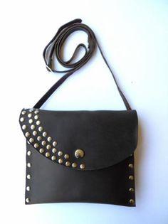 Bolso de cuero con tachuelas - artesanum com