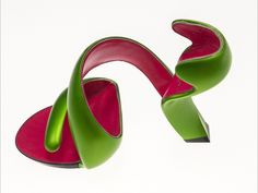 Grassi Museum Shows Radical Shoe Designs Exhibition Funny Shoes, Cute Shoes, Me Too Shoes, Dream Shoes, Crazy Shoes, Weird Shoes, Grassi Museum, Young Professional Fashion, Shoe Wardrobe