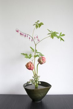 All sizes | Ikebana with Peony Tulips and Bleeding Harts | Flickr - Photo Sharing!