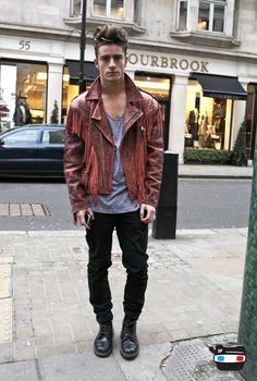 Leather jacket black jeans boots hair fashion men tumblr Style streetstyle grey shirt tumblr