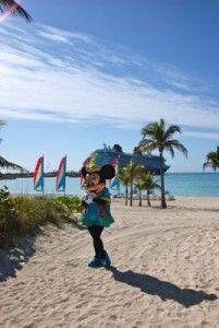 Disney Dream.    Minnie at Castaway Cay!!!