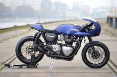 Triumph Thruxton Cafe Racer by WalzWerk-Racing #motorcycles #caferacer #motos | caferacerpasion.com