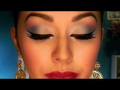 This is very pretty-nice use of tape to create a clean line. Maquillaje Folklorico (peticion: turqueza, fushia, amarillo)