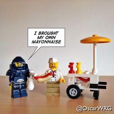 #LEGO_Galaxy_Patrol #LEGO #HotDog #HotDogStand #Mayo #Mayonnaise @lego_group @lego @bricksetofficial @bricknetwork @brickcentral
