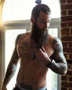 BEARDREVERED on TUMBLR | bearditorium:   Mathieu