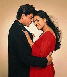 Romeo and Juliet of India Shahrukh Khan And Kajol, Shah Rukh Khan Movies, Aamir Khan, Ranveer Singh, Akshay Kumar, Bollywood Outfits, Bollywood Couples, Bollywood Images, Vintage Bollywood