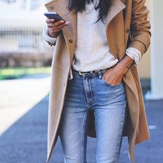 Love that coat credit: @pepamack #fashionlocker123 #spring's #everywhere