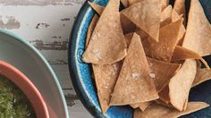 Make crispy, warm homemade tortilla chips are ready in only 20 minutes
