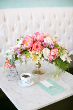 Gallery & Inspiration | Category - Flowers | Picture - 1913276 - Style Me Pretty