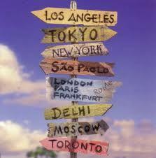 Voyages :  j'ai vécu 6 mois au Canada et 8 mois en Australie.