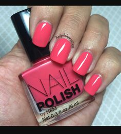 H&M polish in Check Me Out as seen on blog http://nailpolishpursuit.com/hm-check-me-out/ @nailpolishpursuit
