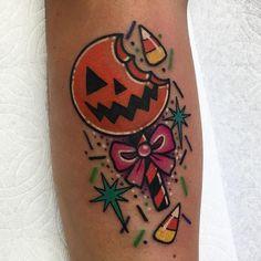 Halloween Tattoo - Storia,Tradizioni e tante Idee a cui ispirarsi Baby Tattoos, Dream Tattoos, Future Tattoos, Body Art Tattoos, Sleeve Tattoos, Cool Tattoos, Tatoos, Trick R Treat Movie, Sam Trick R Treat