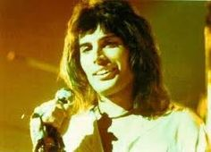 Rules of Classic Rock - Freddie Mercury Queen Freddie Mercury, Freddie Mercury Quotes, Freddie Mercury Zitate, Freedie Mercury, Roger Taylor, Queen Pictures, Queen Photos, Rare Pictures, We Will Rock You