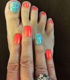 starfish nails. nail ideas